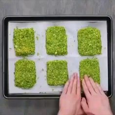Broccoli Cheddar, Cheddar Cheese, Low Carb Recipes, Diet Recipes, Garlic Minced, Hash Browns, Diet Meals, Large Egg, Suzy
