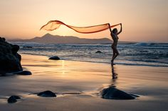 Sunset at the Beach - Anuschka on the Island of Lanzarote Strand, Explore, Mountains, Beach, Nature, Travel, Photos, Lanzarote, Sevilla Spain