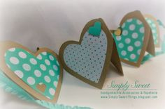 mini heart pocket accordian album tutorial + video     ....under Valentinstag, there is another tutorial on making a cute heart fold out card....