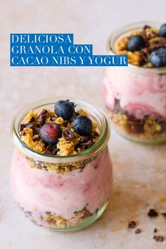 Granola, Spring Recipes, Winter Recipes, Recipe Cover, Vegetarian Recipes, Healthy Recipes, Good Food, Yummy Food, Cocoa Nibs
