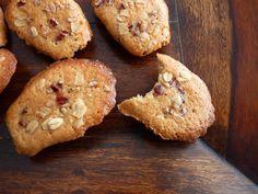 :pastry studio: Maple Oat Pecan Madeleines