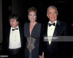Dudley Moore, Julie Andrews and Blake Edwards. (I love to see couples holding hands. Blake Edwards, Couple Holding Hands, Julie Andrews, British Actors, Picture Photo, Actors & Actresses, Musicals, Disney, Hollywood