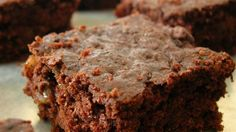 Zucchini Brownies but use with coconut oil instead of margarine for icing. cups zucchini grate first so all liquid comes out and brownie is moist. Brownie Recipes, Cookie Recipes, Dessert Recipes, Cookie Desserts, Xmas Recipes, Family Recipes, Dessert Bars, Snack Recipes, Best Brownies