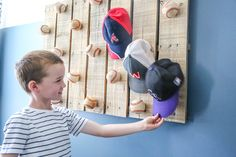 We are sharing inspiration about diy hat rack ideas with any styles. Find the rustic, colorful, wooden, contemporary, and wall mounted hats and caps rack. Baseball Hat Display, Baseball Hat Racks, Kids Baseball Caps, Baseball Sayings, Baseball Videos, Funny Baseball, Diy Hat Rack, Hat Hanger, Wall Hat Racks