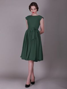 Button Up Back Vintage Bridesmaid Dress with Cap Sleeves loving it! check out the button up detail on the back