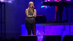 Kelly Clarkson - Breathe Me (Sia Cover) [Sydney 27/9/2012]