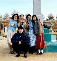 crash landing on you - hạ cánh nơi anh 2020 -son ye jin & hyun bin Hyun Bin, Korean Drama Movies, Korean Actors, Korean Dramas, Jung Hyun, Jung Yong Hwa, K Drama, Best Kdrama, W Two Worlds