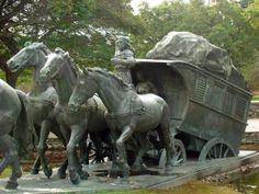 Monumento a la Diligencia de José Belloni. El Prado, Montevideo