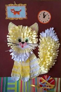 Работа с деца със СОП fényképe. Preschool Crafts, Easy Crafts, Diy And Crafts, Crafts For Kids, Painting For Kids, Art For Kids, Origami, Caterpillar Craft, Art N Craft