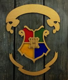 Hogwarts School Simplified House Crest Representing Each Of The Four Houses Laser Cut And Hand Painted Great Piece To Add Any Harry Potter Fans