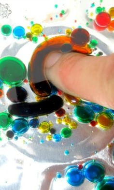 Experiments for kids - 4 FUN experiments that explore liquids, colors, reactions, and more!