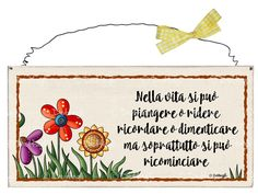 "Targhetta fiori ""Vivi semplicemente.... Natale, Targhette Country Paintings, Family Wall, Wooden Projects, Country Primitive, Hand Lettering, Cardmaking, Printables, Paper, Crafts"