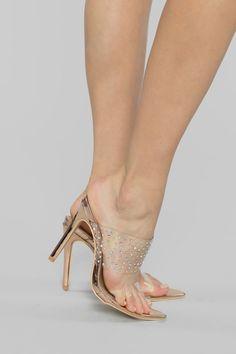Women High Heels Sandlas Huarache Sandals Beige Sandal Heels Womens Basketball Shoes With Big Discount Sexy Legs And Heels, Hot High Heels, Womens High Heels, Beautiful High Heels, Gorgeous Feet, Low Wedge Sandals, Sandal Heels, Women's Heels, Pvc Transparent