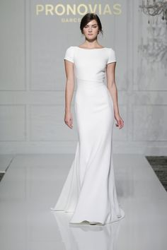 Valeria style from Atelier Pronovias 2016 Collection.