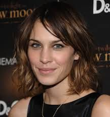 Google Image Result for http://styleslum.com/users/1/page_images2/alexa-chung-haircut.jpg