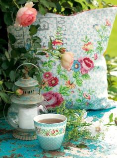 For the cushion and the prettiness!