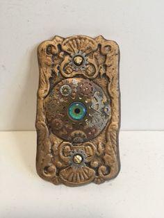 Victorian era steampunk doorbell decorated with gears for that Steampunk look. Doorbells, Victorian Era, Saddle Bags, Steampunk, Etsy Shop, Halloween, Glass, Decor, Decoration