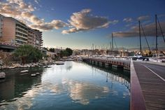Zea is the second largest of the three ports of Piraeus.
