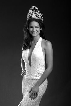Miss Puerto Rico / Miss Universe 2001