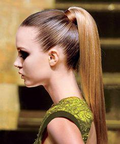 Summer Hairstyles: Sleek Ponytail