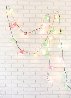 Papel de parede de tijolinhos brancos é puro amor <3