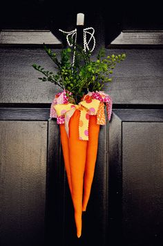 Adorable wreath for Easter.  The Ballard Bunch: {fabric carrots}