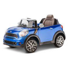 La voiture électrique MINI Cooper Paceman 6 volts de KidTrax est la voiture la plus cool sur la route. Elle ressemble à la vrai MINI Cooper Paceman. La MINI Cooper Paceman 6 volts possède le design authentique de la MINI Cooper avec la carrosserie et les rétroviseurs à deux tons, un pare-brise transparent de première qualité et un siège baquet moulé. Il y a une tonne de valeur de jeu avec les sons réels de voitures et les jauges intérieures éclairées. Complet avec les phares avant…