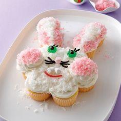 20+ Creative DIY Easter Bunny Cake Recipes --> DIY Pull-apart Bunny Cake #food #recipe #Easter