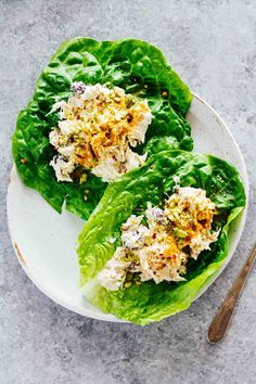 Turmeric Greek Yogurt Chicken Salad Lettuce Wraps! Make these for a healthy lunch in about 5 minutes!