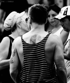 Shannon Leto. Sexy back :)