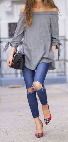 Long Grey Off-Shoulder Paired With Ripped Denims Gives A Casual Look! One Can…