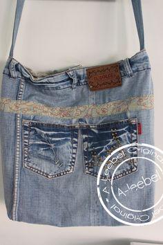 Schoudertas gemaakt van een oude Il'Dolce jeans. Made by A-leebel.