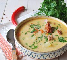 A burgonyából készült leveseket én is imádom, akár nyáron akár télen. Szívből ajánlom mindegyiket :-) Burgonyaleves: A megtisztított, kockára vágott burgonyát sós vízben vagy csontlében megfőzzük. Ha nincs kész csontlénk, először...