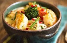 Receita Dedo de Moça: Noodle soup com camarão e leite de coco