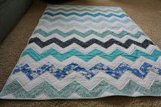 Ombre Chevron quilt...to make for Noah's comforter when he's a bit older
