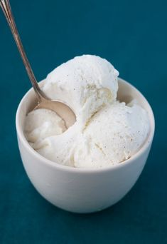 Sugar Free Vanilla Bean Ice Cream - (just found this site and it's got some good healthy stuff)