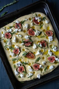 Fig, Chèvre and Honey Focaccia with Rosemary Fig, Chèvre and Honey Focaccia with Rosemary ° eat in m Fig Recipes, Vegetarian Recipes, Cooking Recipes, Healthy Recipes, Bread Recipes, Focaccia Recipe, Bread Art, Good Food, Yummy Food