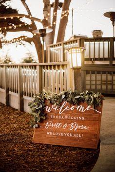 Rustic Wedding of Britt + Bjorn 2019 — Tessfresh Flowers Birch Aquarium, Johnson House, Martin Johnson, House Photography, Family Events, Rustic Wedding, How To Memorize Things, Reception, Table Decorations