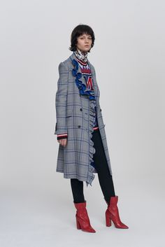 http://www.vogue.com/fashion-shows/pre-fall-2017/msgm/slideshow/collection