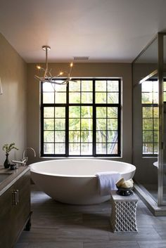 White Porcelain Stand Alone Bathtubs In Modern Style Combine Caramel Tile Also Clear Wall Shower For Bathroom Inspirations Captivation Furniture