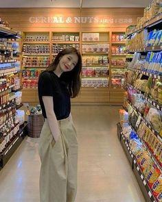 Korean Girl Fashion, Korean Fashion Trends, Korean Street Fashion, Korea Fashion, Asian Fashion, Ulzzang Fashion Summer, Korean Outfit Street Styles, Korean Outfits, Retro Outfits