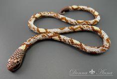 wąż szydełkowy (ukośnik, wąż szydełkowo-koralikowy, toho, preciosa, bead, beading, beadcrochet, szydelko)