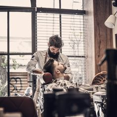 💈We consider that barbering is the craftsmanship that has revived the past few years all over the world and we try do our best to support that 💈 #roostersbarbershopathens #roostersbarbershop #roosters #roostersαμπελοκηποι #barbershopsinathensgreece #barbering #μπαρμπερικααθηνα #μπαρμπερικο  www.roostersbarbershop.gr