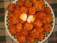 Chiftele de pui cu fulgi de porumb Romanian Food, Romanian Recipes, Crispy Chicken Recipes, Cauliflower, Meals, Vegetables, Ethnic Recipes, Paste, Food Ideas