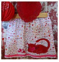 Kitty Loves Valentines by FreckledChicken on Etsy, $24.00