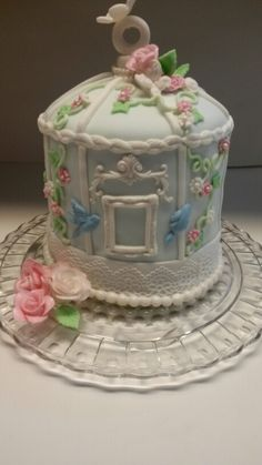 My first try at a bird cage cake