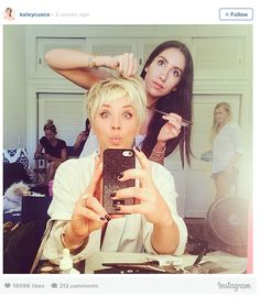 Kaley Cuoco-Sweeting Debuts a Pixie Cut