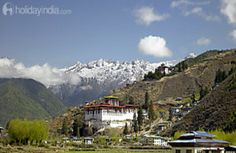 Thimphu (Bhutan)-Book online tour the wonderful Bhutan tour packages from holidayindia.com 6 night 7 days starting from USD 1,845 with unmatched offer.