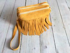 Fringes, Mustard, Bags, Fashion, Mustard Plant, Handbags, Moda, Dime Bags, Fasion