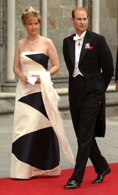 Hello!  The Earl and Countess of Wessex attend the wedding of Princess Martha Louise and Ari Behn in 2002